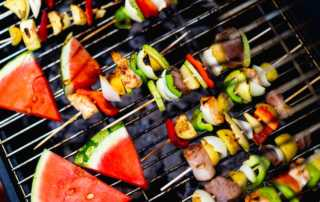 hosting online bbq party feature image